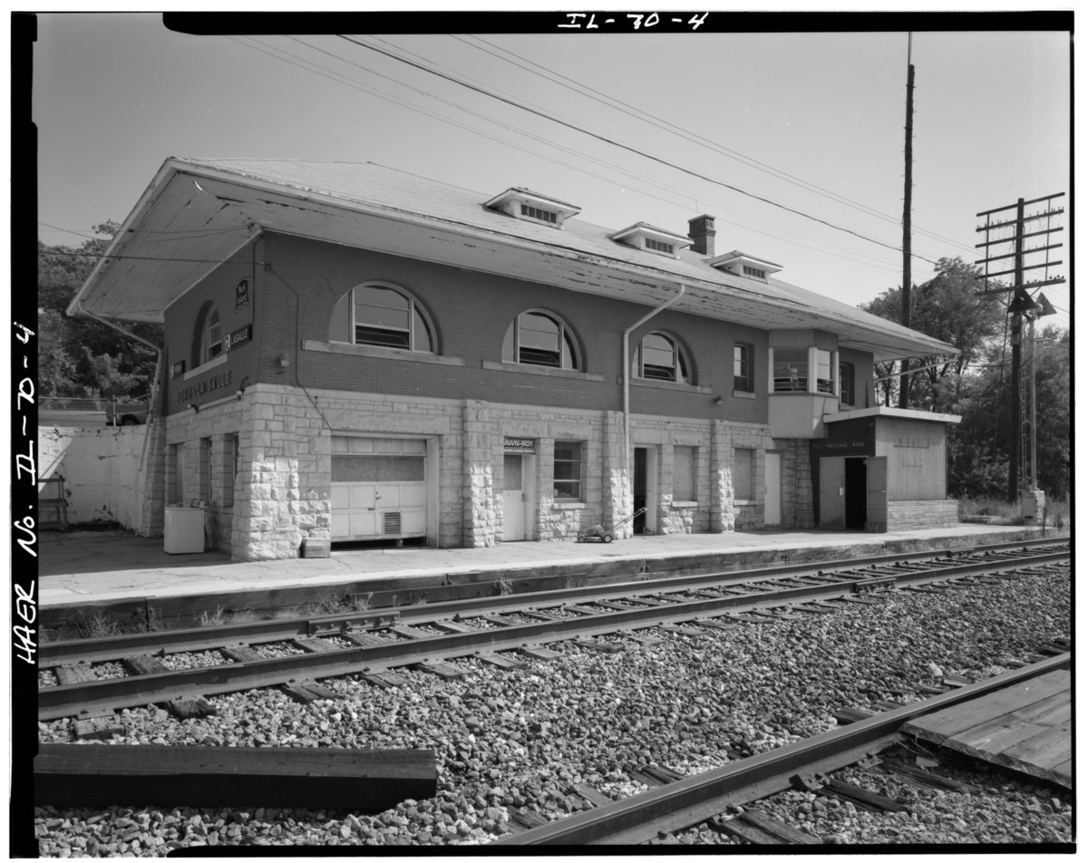Peru–LaSalle station - Wikipedia