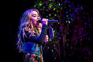 Sabrina Carpenter - Disney Social Media Moms Conference - 5.jpg