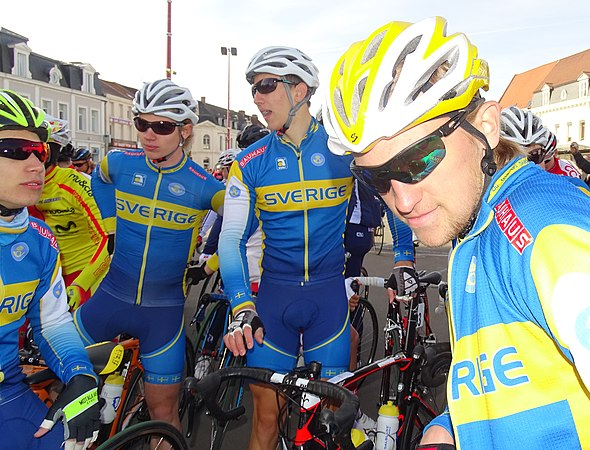 Saint-Amand-les-Eaux - Paris-Roubaix juniors, 12 avril 2015, départ (A48).JPG
