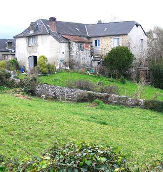 Sainte-Colome - A house in the commune