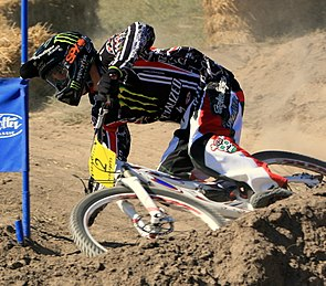 Sam Hill 2009 (cropped).JPG
