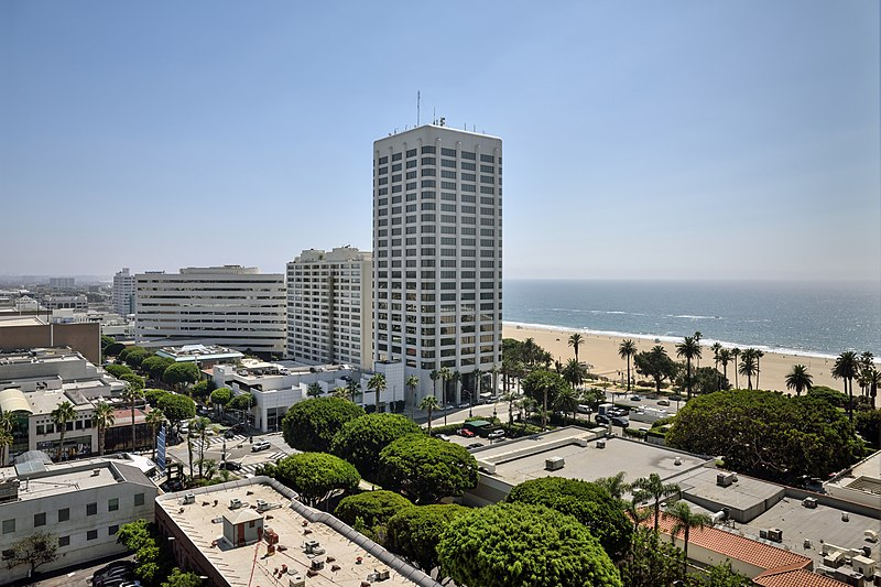 Things To Do In Santa Monica, Huntley Hotel, Santa Monica, Hotel, Beach, Travel, Trip, Vacation, Kids Hotels, Family Hotels
