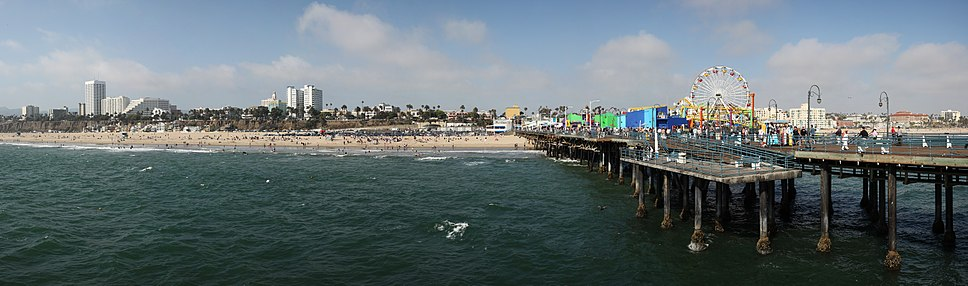 Santa Monica beach and pier viewed from the end of Santa Monica Pier. Note the bluff is highest at the north end, to the left of the image
