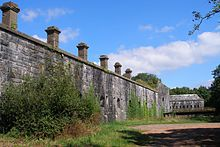 Scraesdon Fort - east wall.jpg