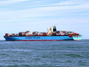 Sealand Michigan p3 approaching Port of Rotterdam, Holland 08-Jul-2007.jpg