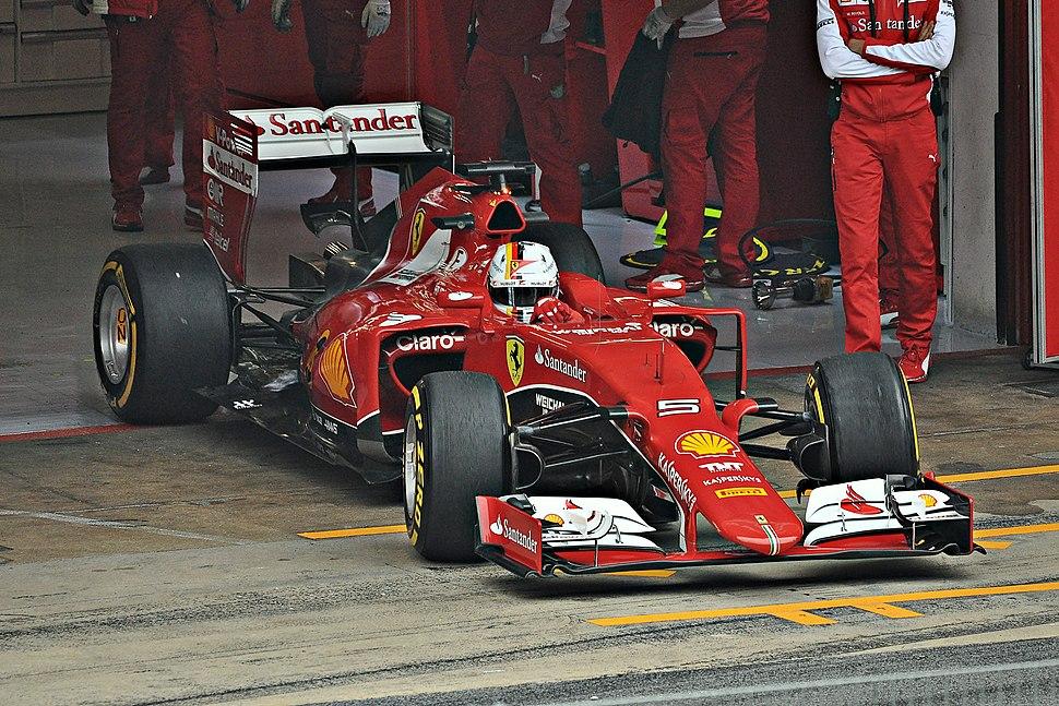 Sebastian Vettel-Ferrari 2015 (2)