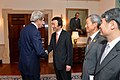 Secretary Kerry Greets Korean Foreign Minister Yun Byung-se (11825028604).jpg