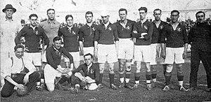 Alineación frente a Bélgica en su segundo partido internacional. Juegos Olímpicos de Amberes 1920.[n 3]