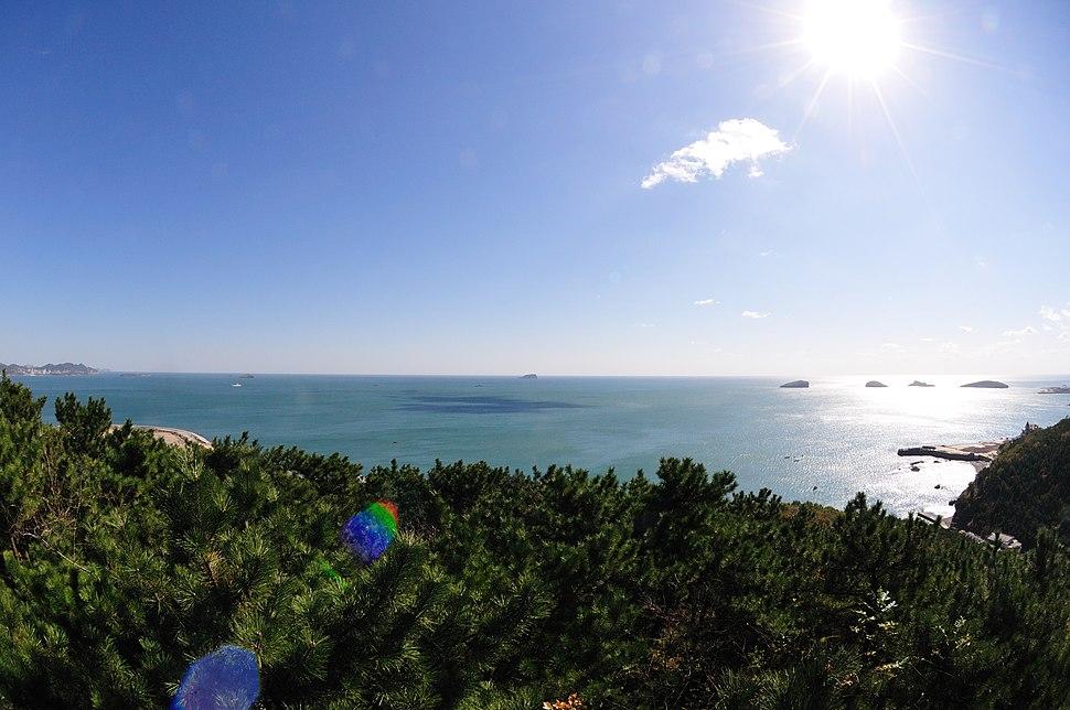 Shore in Dalian (2)