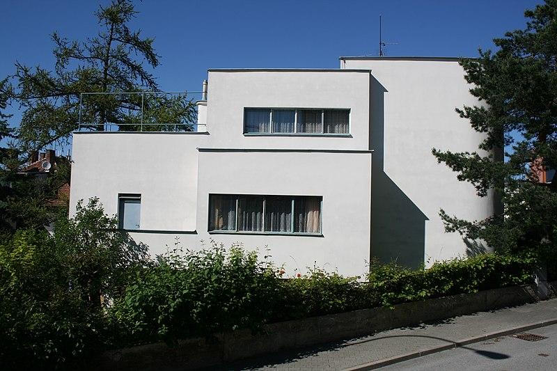 File:Slavíkův rodinný dům, Brno Tůmova 3.jpg