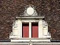 Soissons (02), abbaye Saint-Jean-des-Vignes, réfectoire, lucarne côté est.jpg