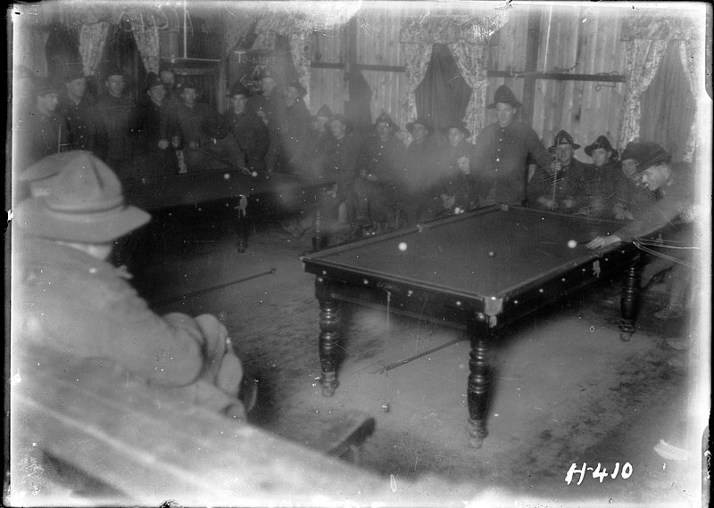 File:Soldiers playing billiards inside the YMCA hut in France (21628671312).jpg