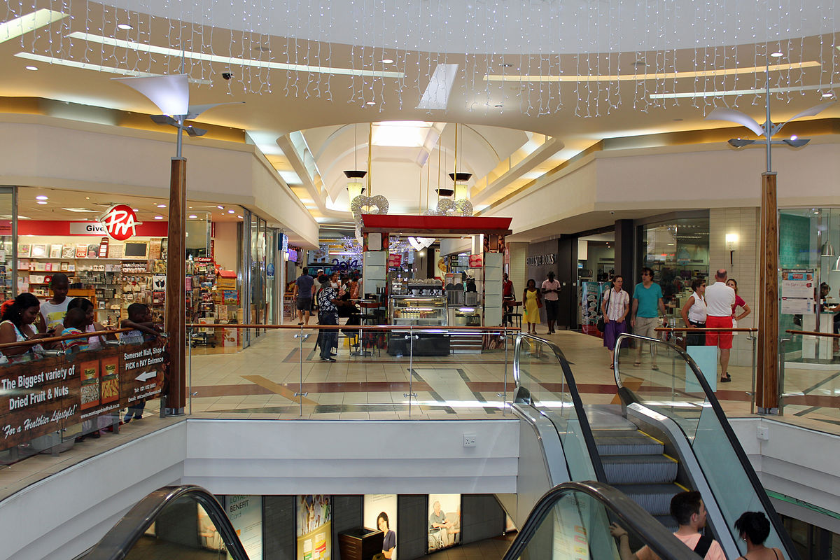 There was chaos at Greenacres Shopping Centre in Port Elizabeth when a man reportedly stabbed a woman inside the mall on Saturday afternoon. Some shops closed their doors while shoppers ran for cover when the incident took place, Eastern Cape police said.