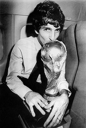 Paolo Rossi - Paolo Rossi kisses the 1982 FIFA World Cup trophy.