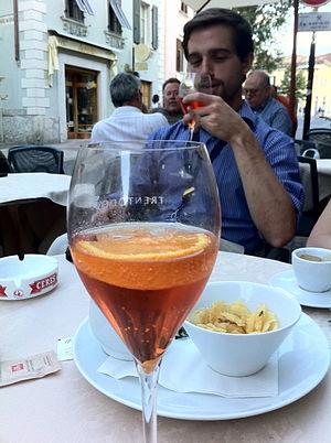 Spritz (alcoholic beverage) - A spritz served in Trento, Italy