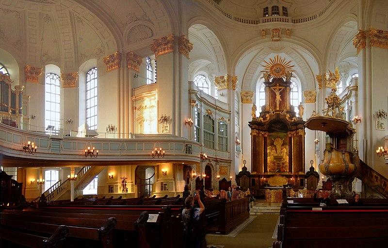 File:St. Michaelis Innenraum.jpg