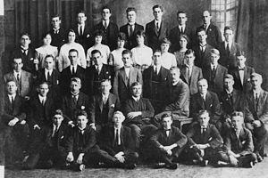Bank of Queensland - Staff members of the Bank of Queensland, Brisbane, 1922