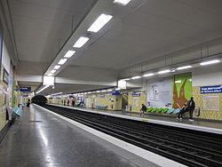 École Vétérinaire de Maisons-Alfort (metropolitana di Parigi)
