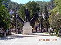Statue (1092693360).jpg