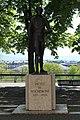Statue Rochemont Genève 3.jpg