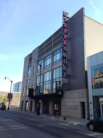 Steppenwolf Theatre Company - Steppenwolf Theatre Company