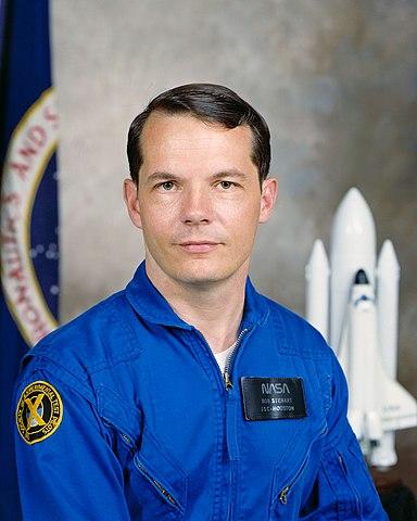Astronaut Robert Stewart, NASA photo Source: Wikipedia (www.jsc.nasa.gov unavailable August 2019) 384px-Stewart-rl.jpg