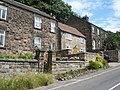 Stone cottages, Whatstandwell - geograph.org.uk - 1409029.jpg