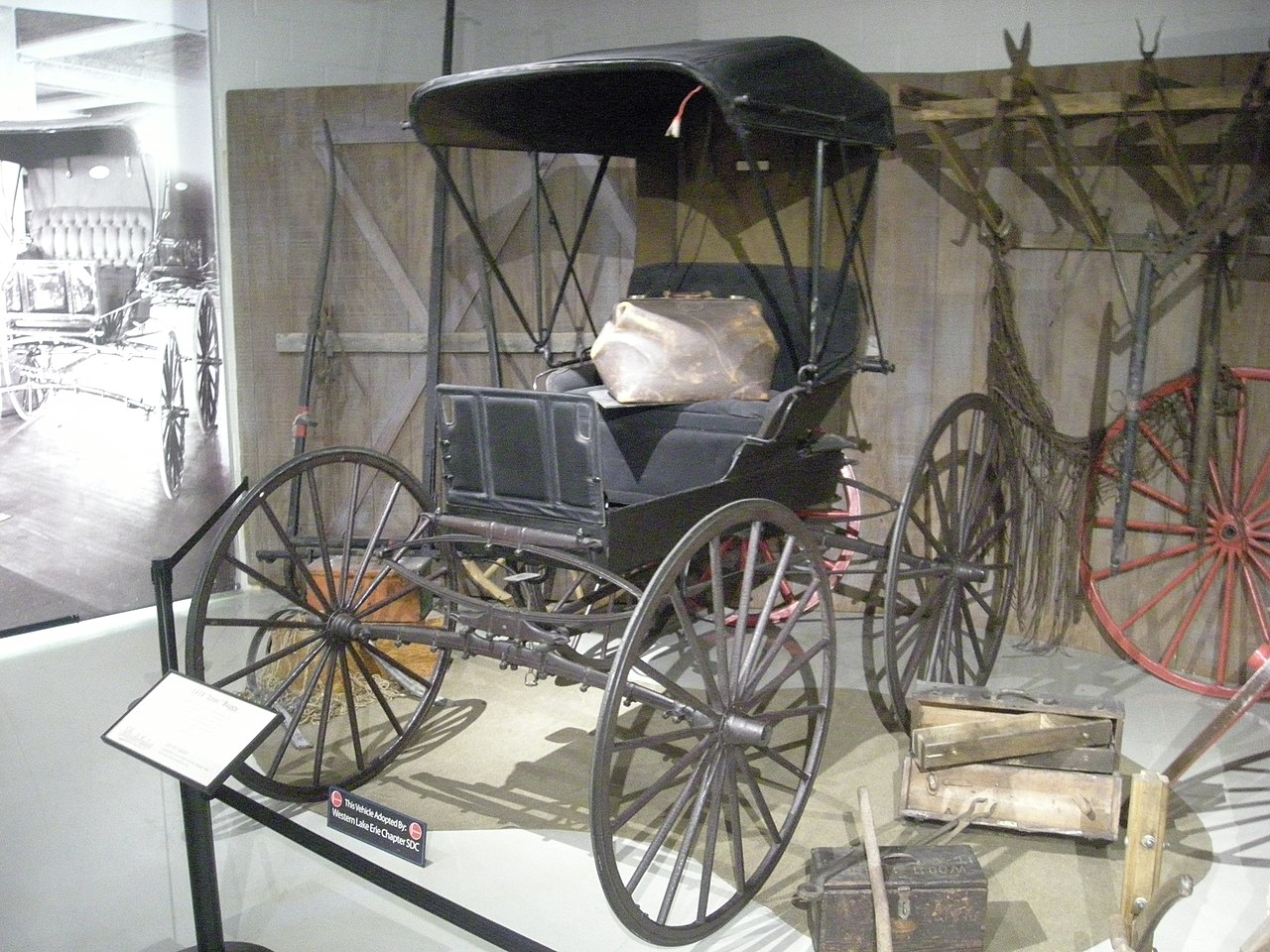 File studebaker national museum may 2014 003 1919 for Chaise carriage