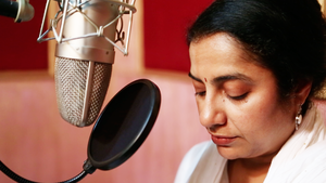 Suhasini Maniratnam - Suhasini at TeachAIDS recording session in 2013
