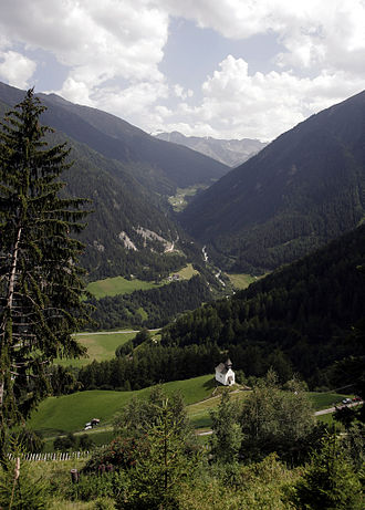 Suldental - Entry to the Suldental as seen from Stilfs
