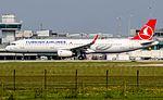 TC-JTD Turkish Airlines A321 (27308226780).jpg