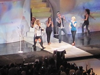 Fearless Tour - Taylor Swift with Kellie Pickler and Gloriana performing in Pittsburgh, Pennsylvania, in October 2009