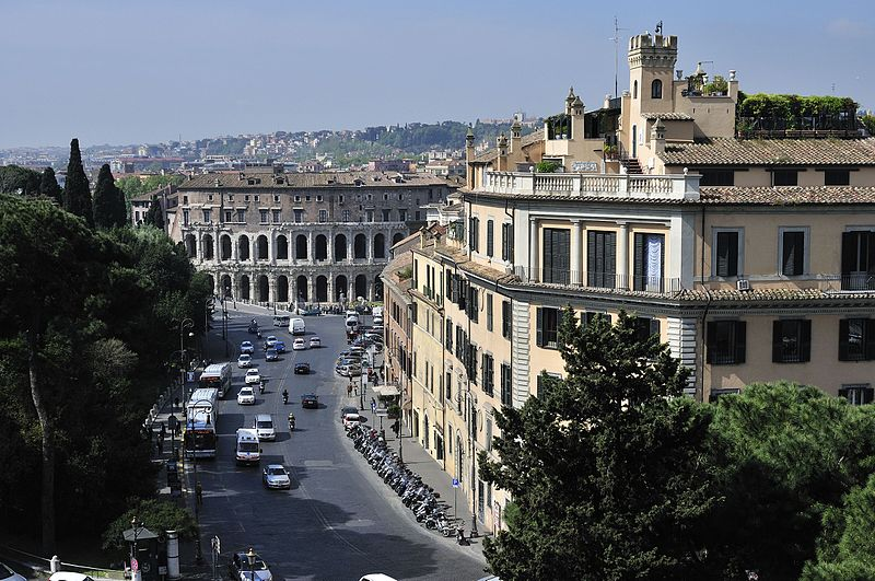 Teatro di Marcello - panoramio.jpg