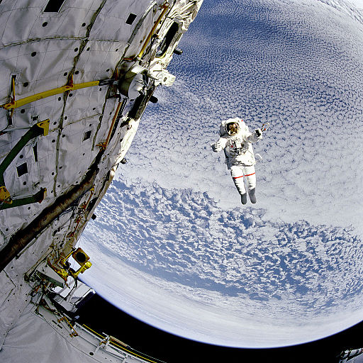 Testing a SAFER System During EVA - GPN-2000-001040