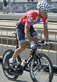 Thor Hhushovd con la maglia di Campione norvegese impegnato al Tour de France del 2010.