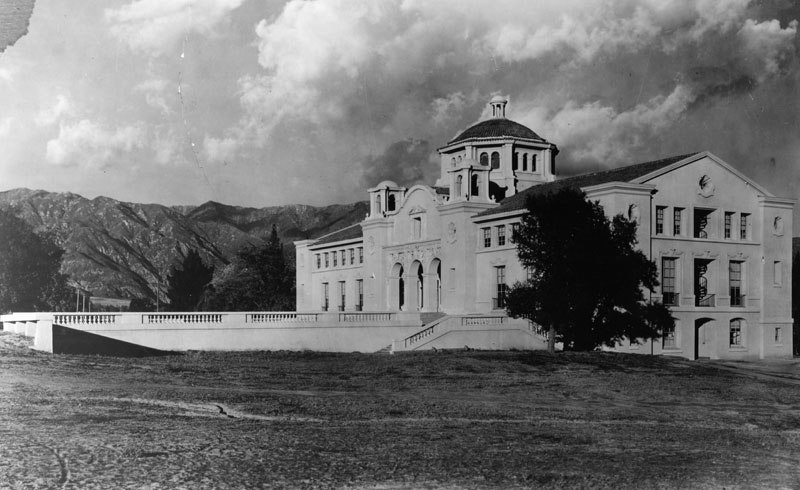 Throop Hall at Caltech, in Pasadena (00035486)
