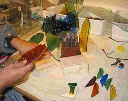 Vitrail wikip dia for Miroir vitrail modeles