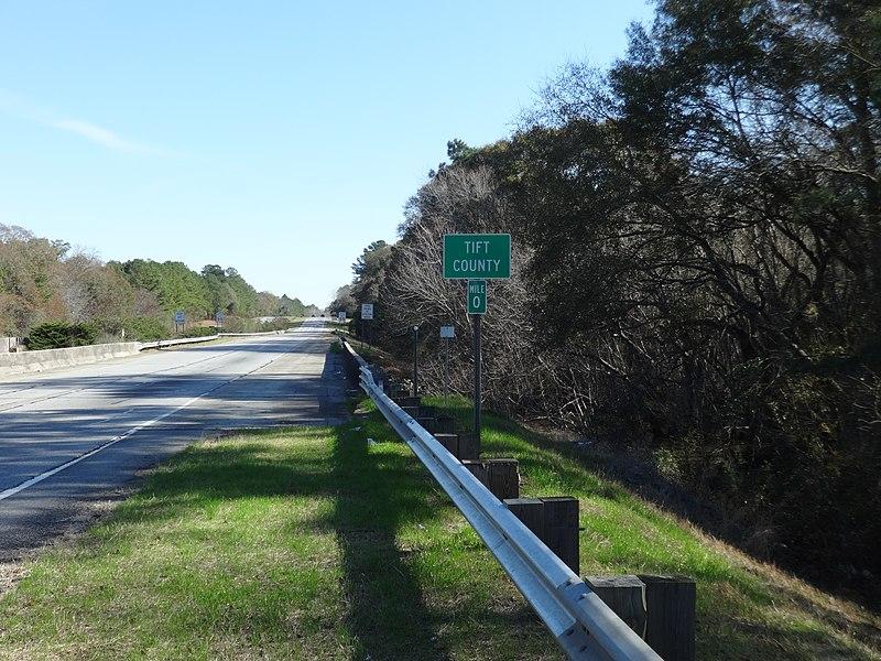 File:Tift County border, US82EB.JPG