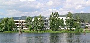 Tinius Olsen - Tinius Olsens School