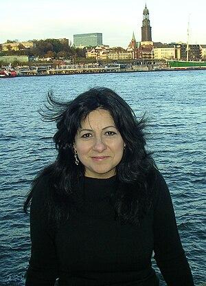 Tish Hinojosa - Image: Tish Hinojosa Hamburg Germany 2010