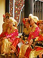 Traditional minang costumes.jpg
