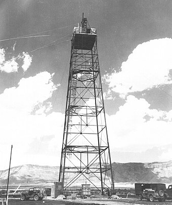 "The 30-metre (100 ft) ""shot tower"" constructed for the test Trinity tower.jpg"