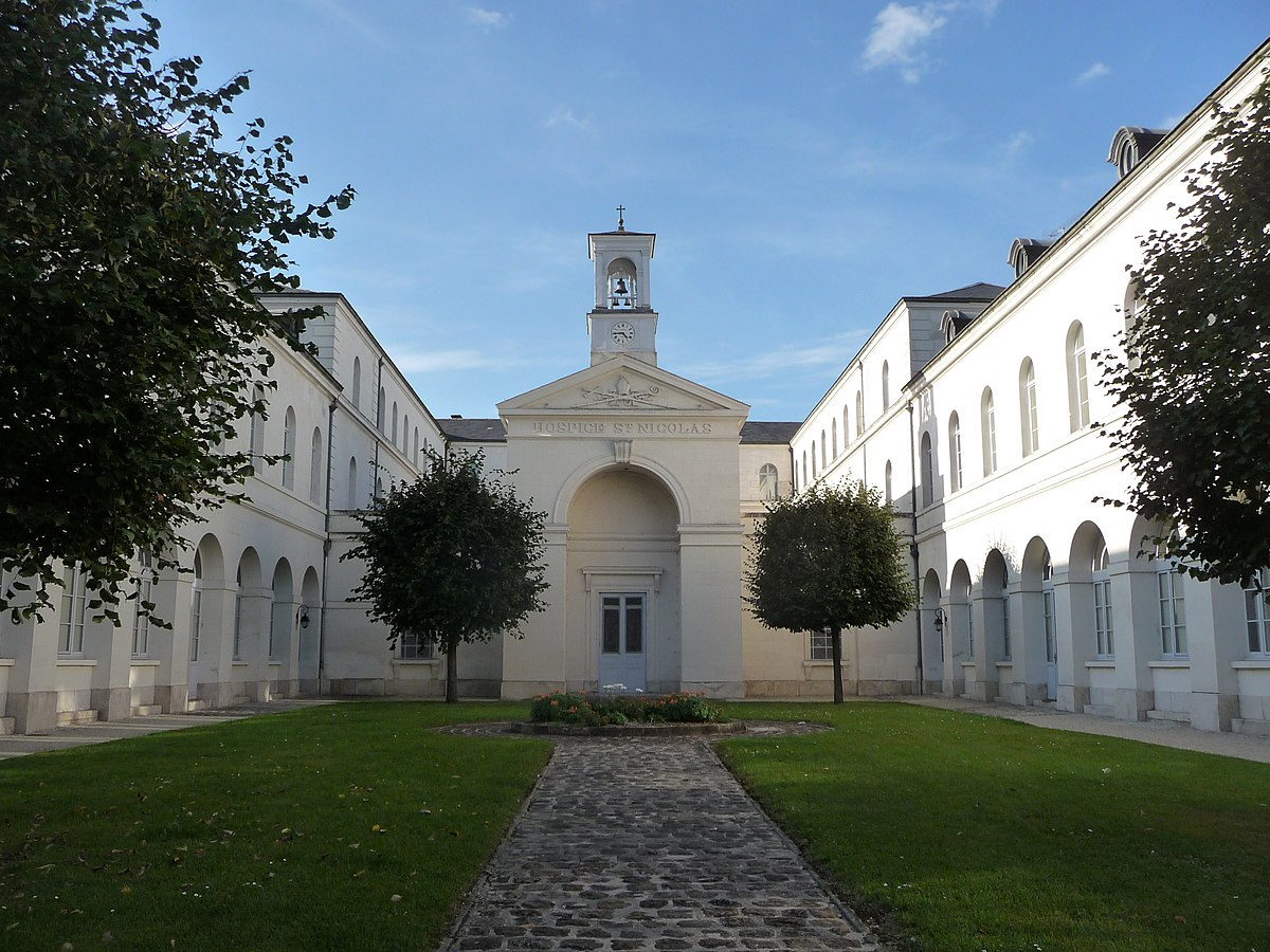 Hospice saint nicolas de troyes wikip dia for Architecte aube