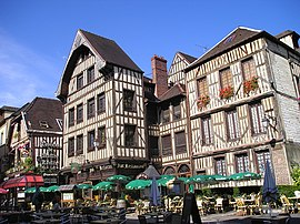 Buildings in the historic quarter of Troyes