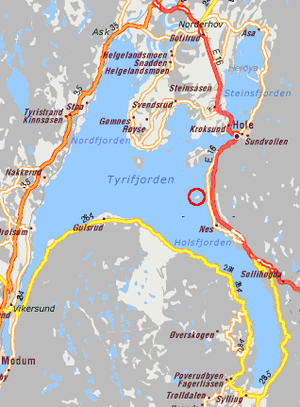 Utøya - Detailed map of Tyrifjorden, with Utøya encircled in red