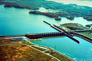 Lake Barkley Lock and Dam, impounding Lake Bar...