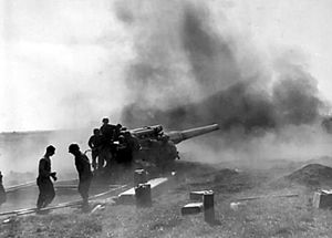 8-inch Gun M1 - An 8-inch US Army field gun in action during the bombardment of Brest.