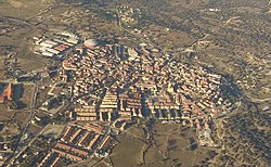 Valdemorillo (Madrid) (cropped).jpg