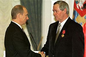 Valentin Rasputin - Rasputin being awarded the Order of Merit for the Fatherland by President Vladimir Putin, 2002.