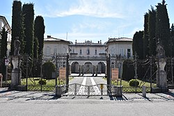Varese - Villa Recalcati 0474.JPG